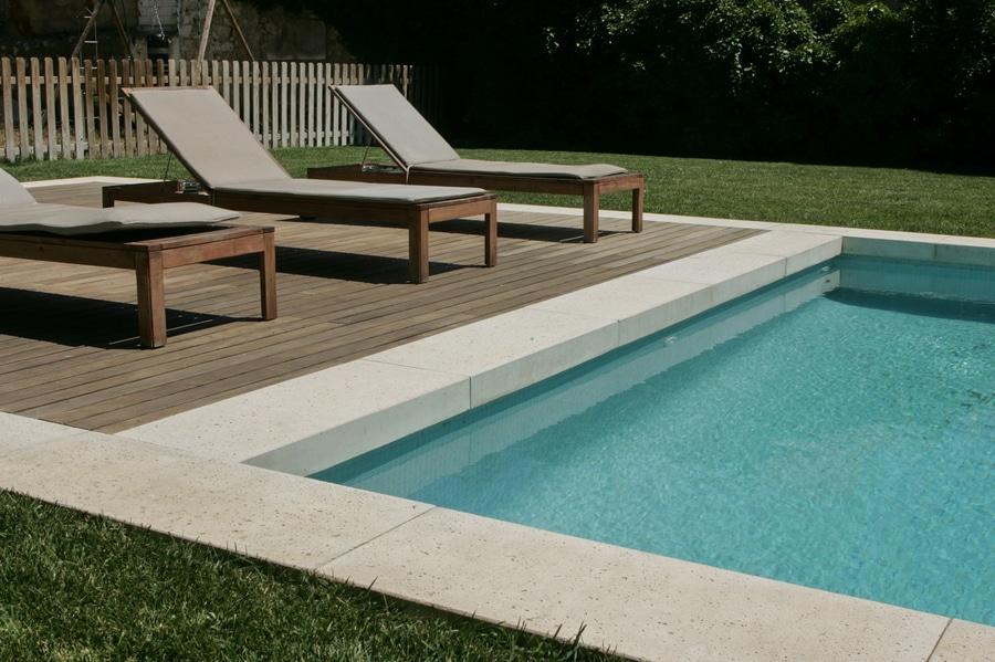 costruire una piscina