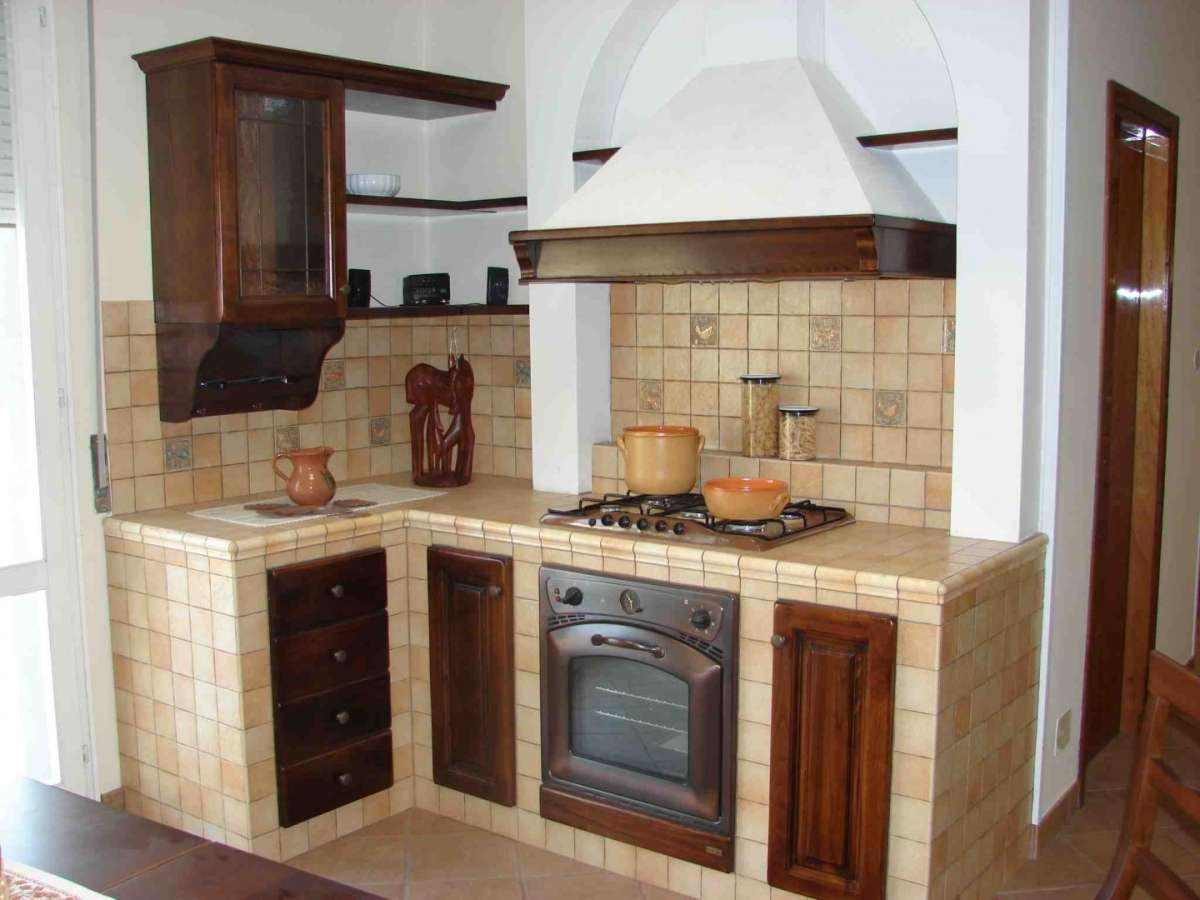 Cucina in muratura pro e contro ( Approfondimenti )