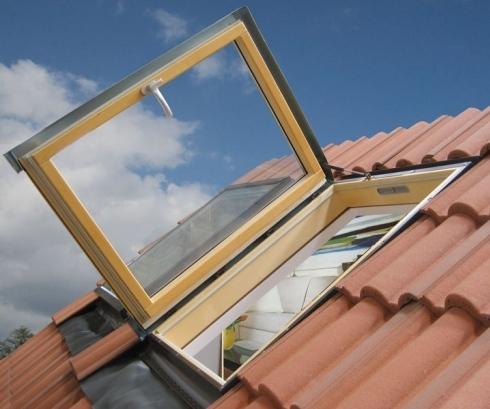 finestre su tetto con pendenza