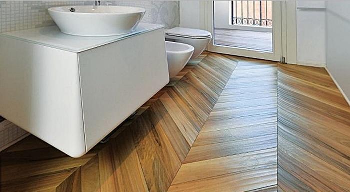 parquet in legno bagno