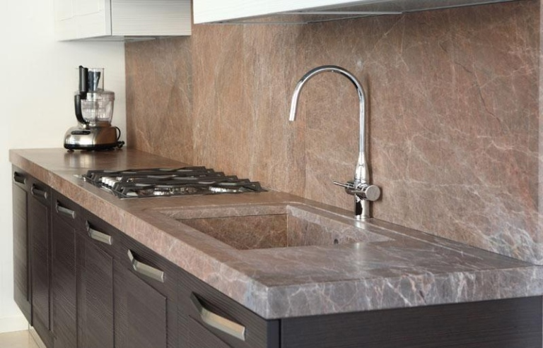 Quale marmo scegliere per il piano cucina - Marmo per piano cucina ...