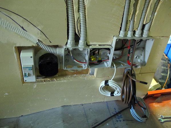 Come ristrutturare l impianto elettrico - Impianto elettrico esterno ...